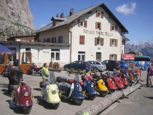 Mit dem Heinkel-Roller geht es bis nach Südtirol