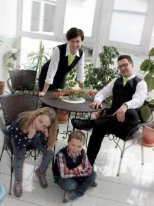 """""""Der Gast gehört einfach immer ein bisschen mit zur Familie"""": Famlie Wolfrum betreibt die """"Grüne Linde"""" in sechster Generation"""